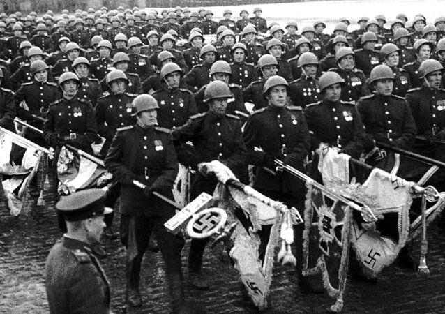 La Parade de la Victoire du 24 juin 1945