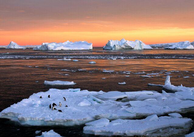 L'Antarctique, image d'illustration