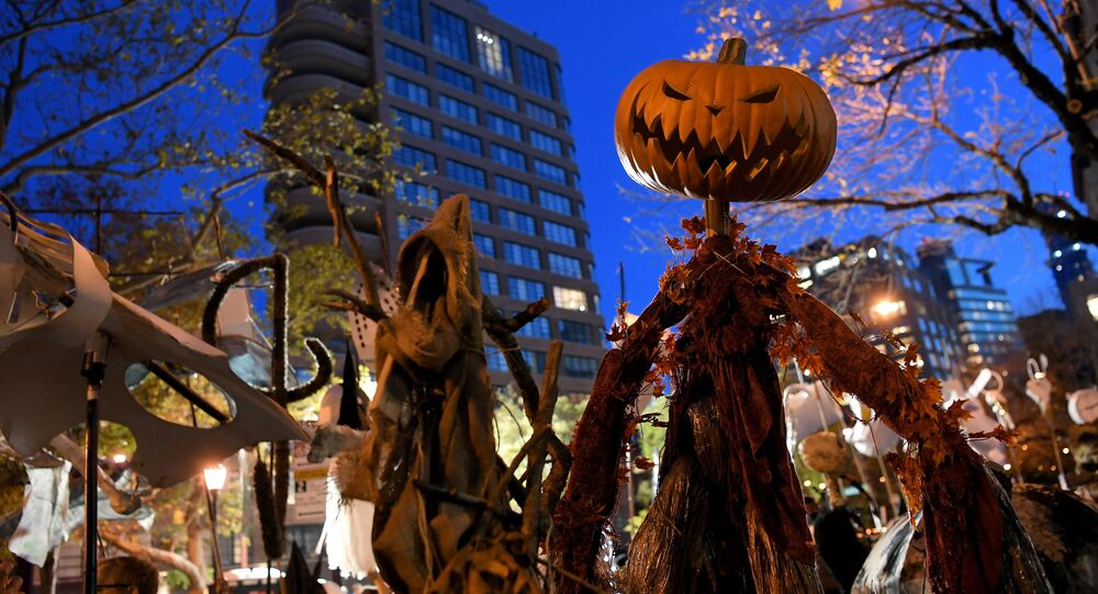 Halloween, New York, 2016