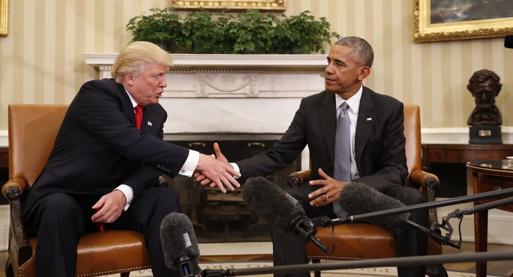 Donald Trump (à gauche) et Barack Obama