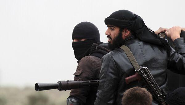 Kämpfer der Terrorgruppe Al-Nusra-Front im syrischen Dorf Aziza (Archivfoto) - Sputnik France