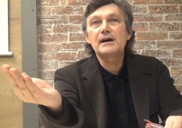 François-Bernard Huyghe, directeur de recherche à l'IRIS