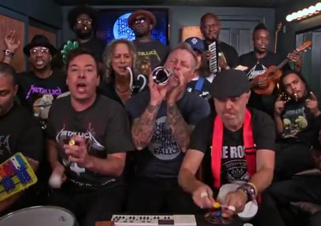 Metallica joue un de ses hits sur des instruments de musique pour enfants