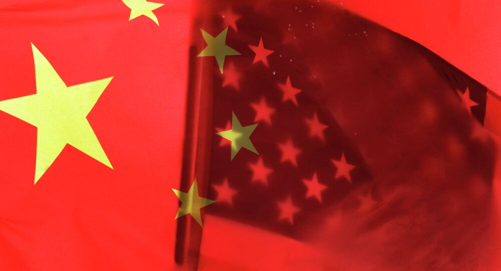 Drapeaux chinois et américain