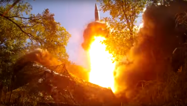 Tir d'un missile russe - Sputnik France