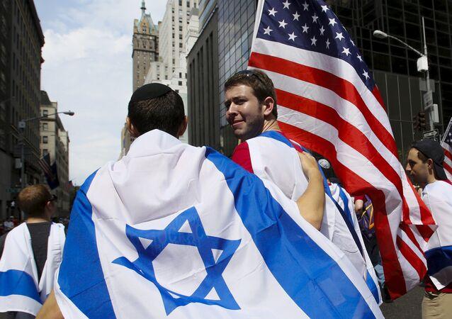 Drapeuax israélien et américain