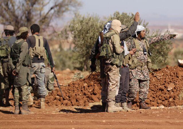 Les rebelles syriens aux environs d'Al-Bab