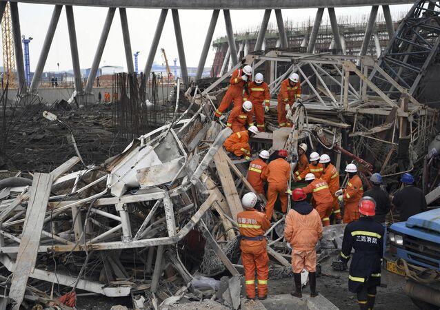 Chine: effondrement d'une tour sur une centrale électrique, au moins 40 morts