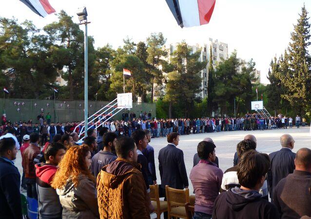 Des matchs de football amicaux organisés à Alep et à Damas contre la guerre