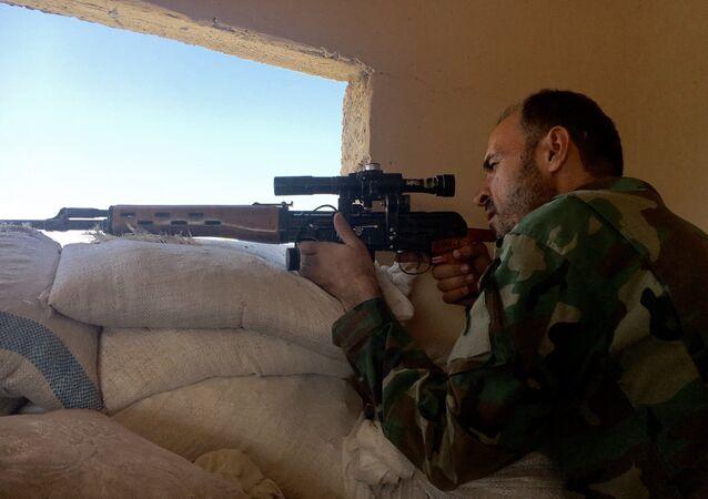 Les forces armées syriennes préparent l'encerclement des terroristes à Alep