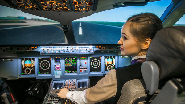 Maria Fedorova, la plus jeune pilote russe - Sputnik France