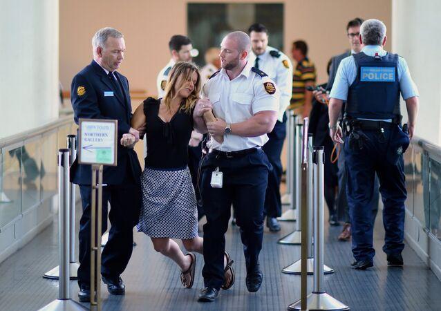Des Australiens perturbent la session du parlement à cause des migrants
