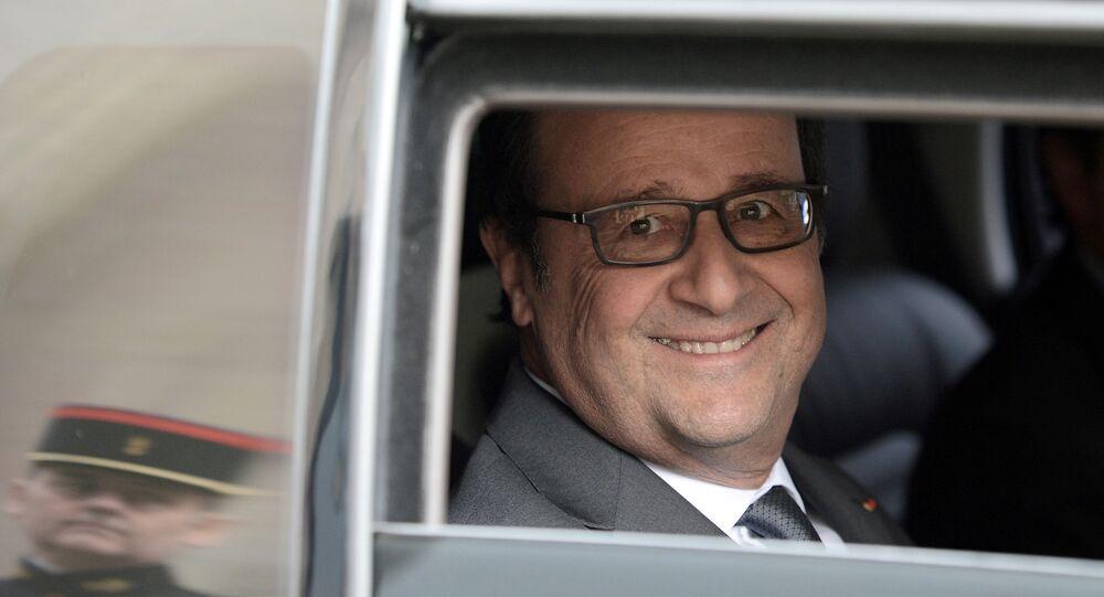 Hollande renonce: les internautes savent pourquoi et le disent!