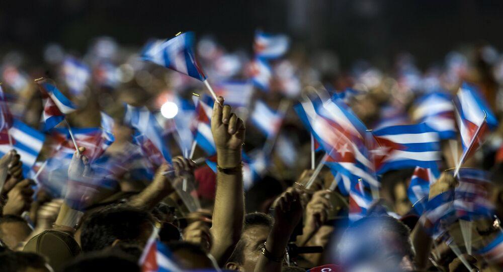 Cuba fait ses adieux à Fidel Castro avant ses funérailles