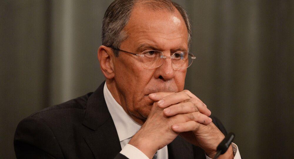 Moscou: Berlin, Paris et Washington doivent pousser Kiev à respecter les accords de Minsk