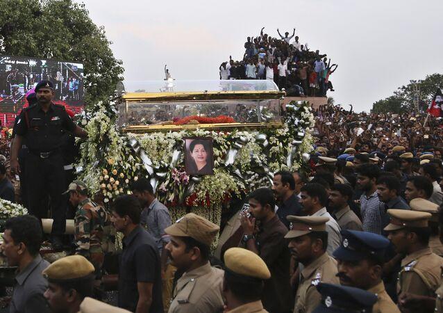 Les funerailles de Jayalalithaa