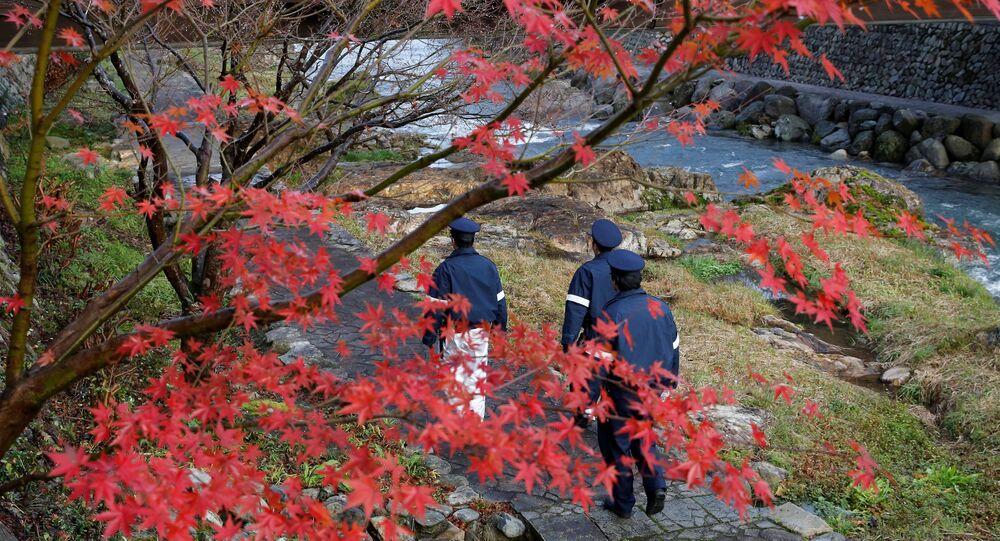 Agents de police dans la ville de Nagato (préfecture de Yamaguchi), ou se déroule aujourd'hui la rencontre entre Vladimir Poutine et Shinzo Abe