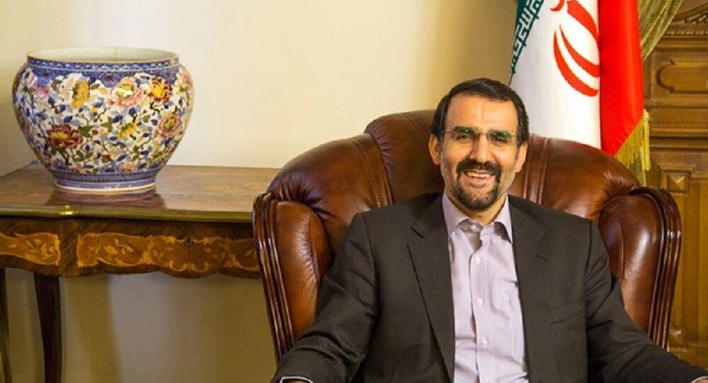 L'ambassadeur d'Iran en Russie Mehdi Sanaï
