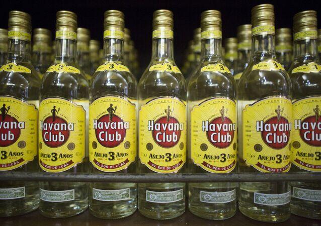 Des bouteilles de rhum
