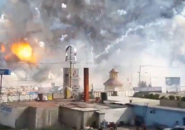 Une explosion sur un marché de feux d'artifice au Mexique