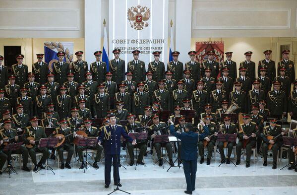 Le légendaire Ensemble Alexandrov - Sputnik France