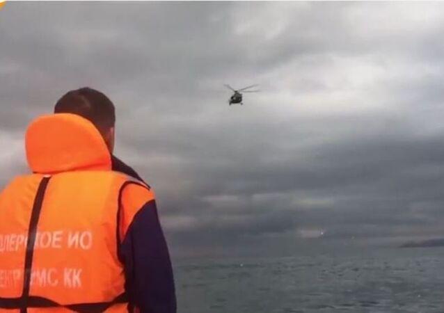 L'opération de recherche sur le lieu du crash du Tu-154