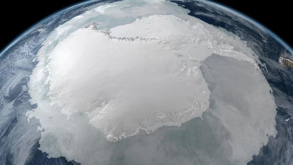 Un «parking» nazi pour les OVNI retrouvé en Antarctique! - Sputnik France