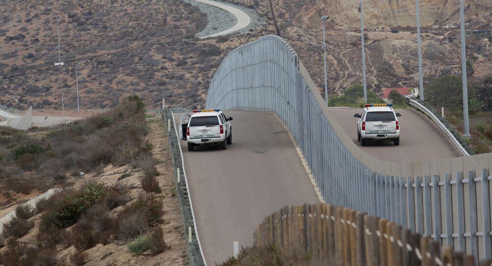 mur à la frontière Mexique-États-Unis