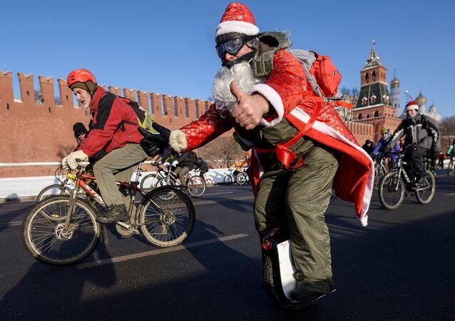 La parade cycliste à Moscou