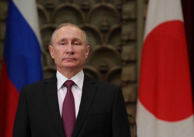 Vladimir Poutine en visite officielle au Japon