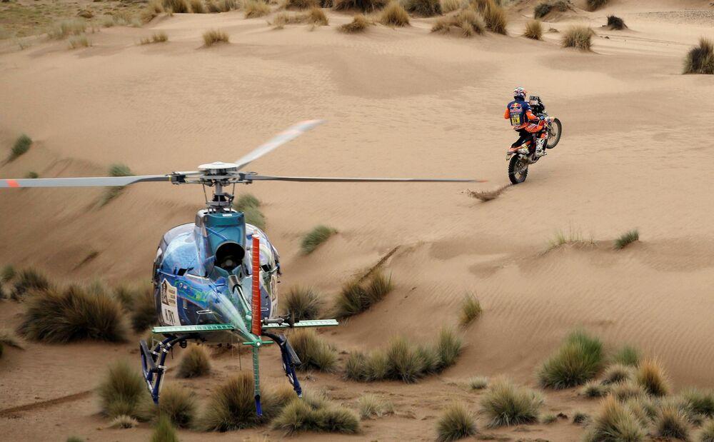 Le rallye Dakar-2017 est organisé au Paraguay, en Bolivie et en l'Argentine et se déroule du 2 au 14 janvier