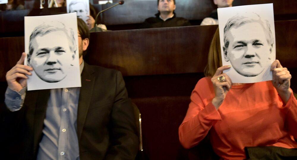 Des portraits de Julian Assange