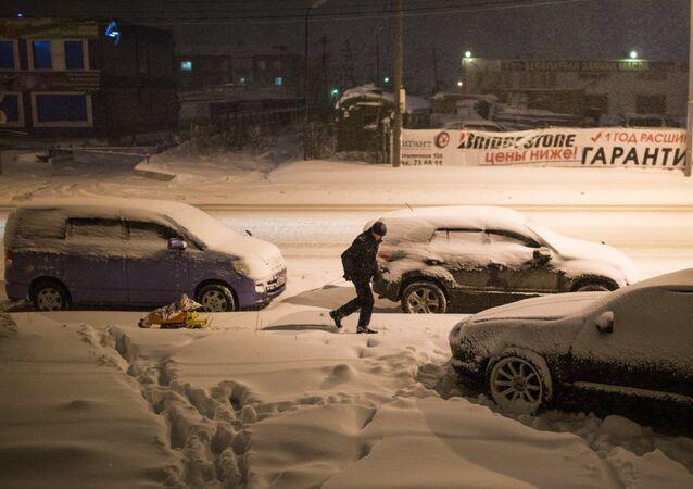 Une tempête de neige à Sakhaline
