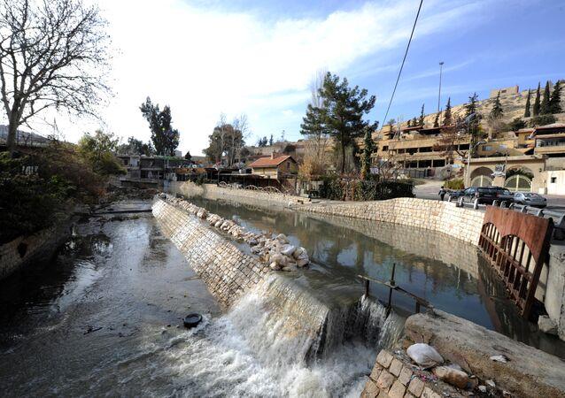 Le fleuve Barada, près de Damas