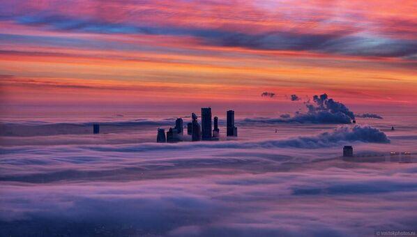 La capitale russe enveloppée dans  les nuages - Sputnik France