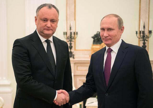 Igor Dodon et Vladimir Poutine