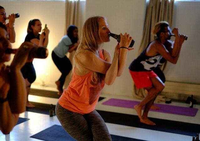 Le yoga et bière