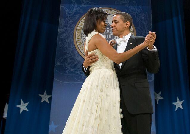 Le président américain Barack Obama et son épouse Michelle au bal organisé pour son investiture en 2009