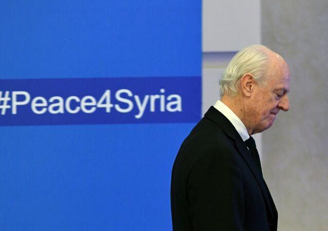 L'envoyé spécial de l'Onu pour la Syrie Staffan de Mistura s'apprête à assister à la première cession des discussions de paix.