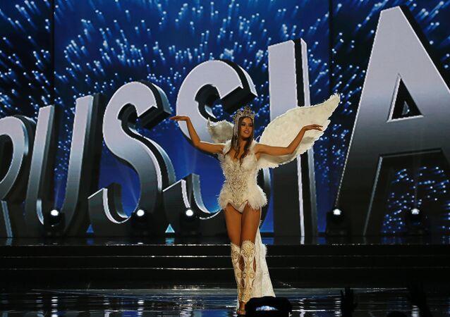 Juliana Korolkova , participante au concours «Miss Univers» de la Russie