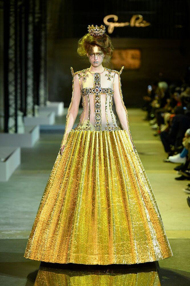 Un conte de fée chinois à la Semaine de la mode de Paris