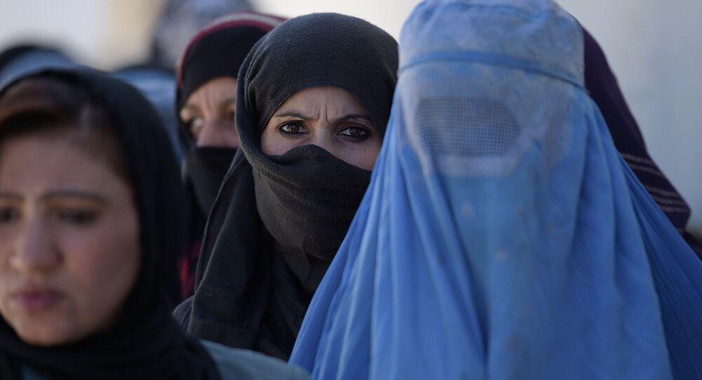 Jeune Afghane: «la guerre m'a pris la vue»