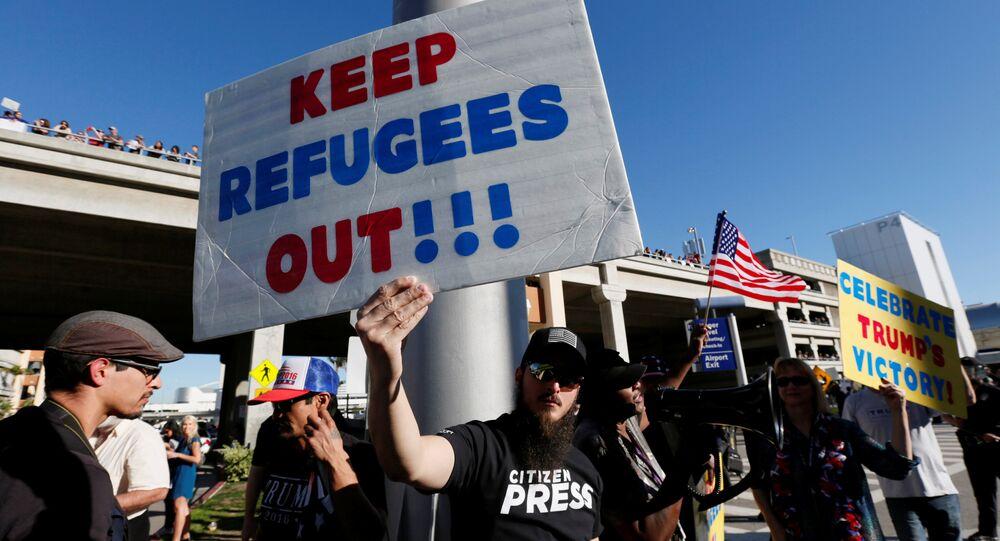Des manifestants pro-Trumps au lendemand de la signature du décret migratoire