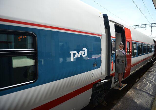 Le train à grande vitesse Strizh