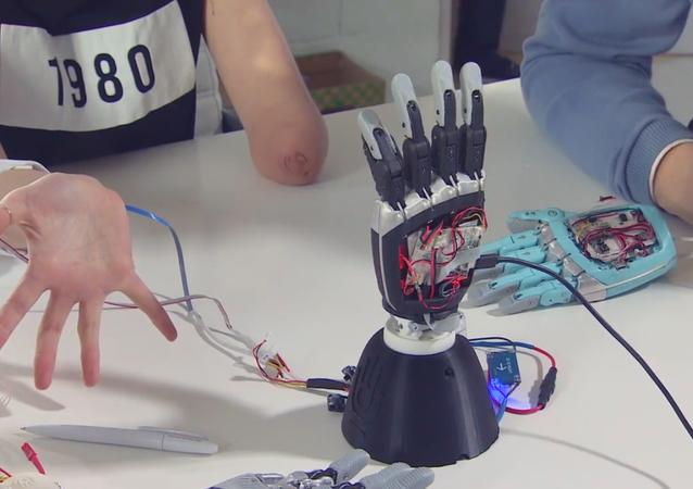 Un ingénieur russe crée une prothèse bionique exceptionnelle