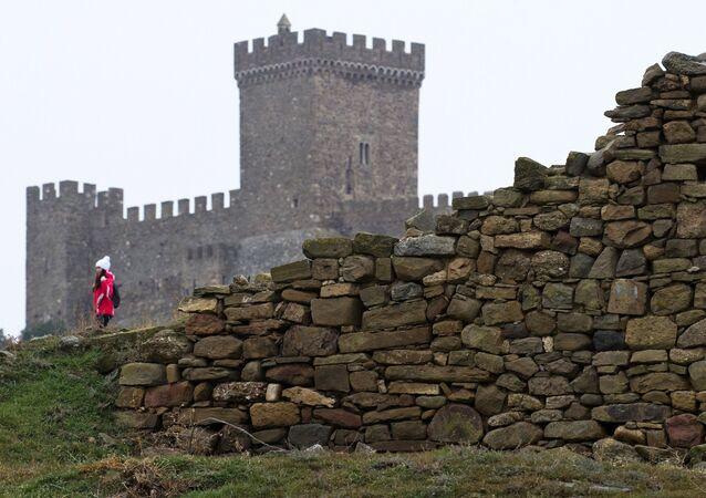 La restauration de la forteresse génoise en Crimée
