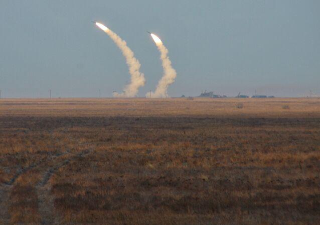 Tir de missiles ukrainiens dans la région de Kherson.