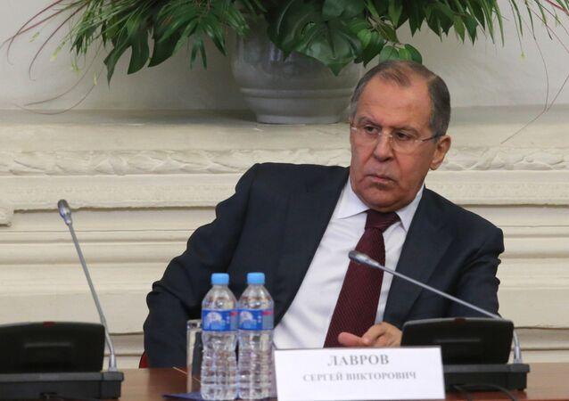 Moscou suit de près les déclarations de Donald Trump, mais pas celles de ses conseillers