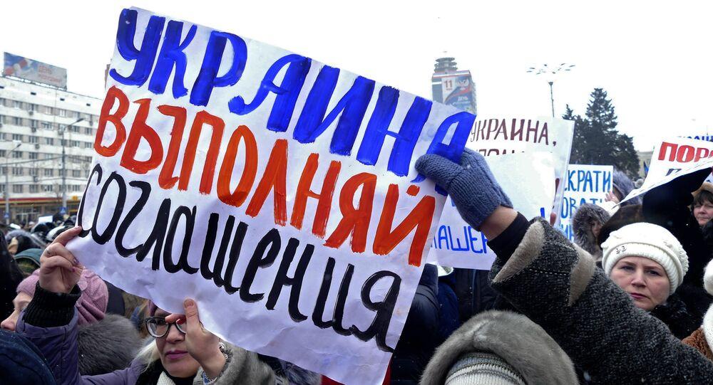 Un rassemblement des habitants de Donetsk
