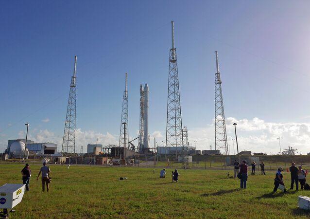 La fusée Falcon 9 de l'entrepise SpaceX sur le site de lancement le cosmodrome de Cap Canaveral, en Floride.